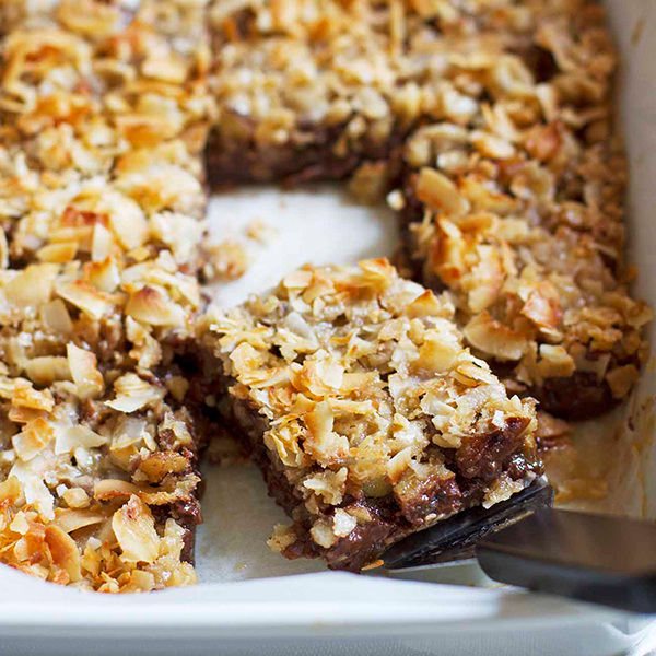Caramel Coconut Chocolate Chip Bars